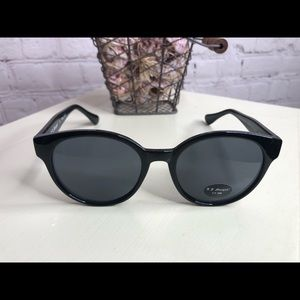 ❤️3 for $15.00 Sale❤️BN Sunglasses